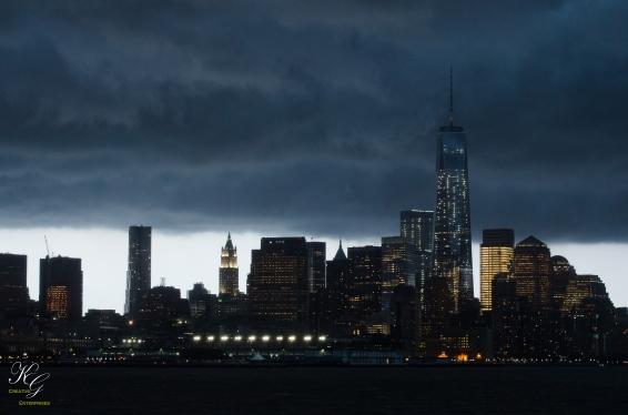 Stormy skyline_3